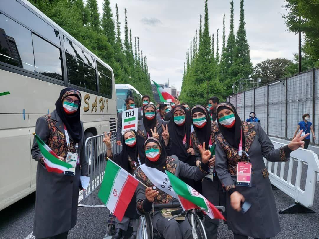 رونمایی از لباس کاروان ایران در مراسم افتتاحیه پارالمپیک