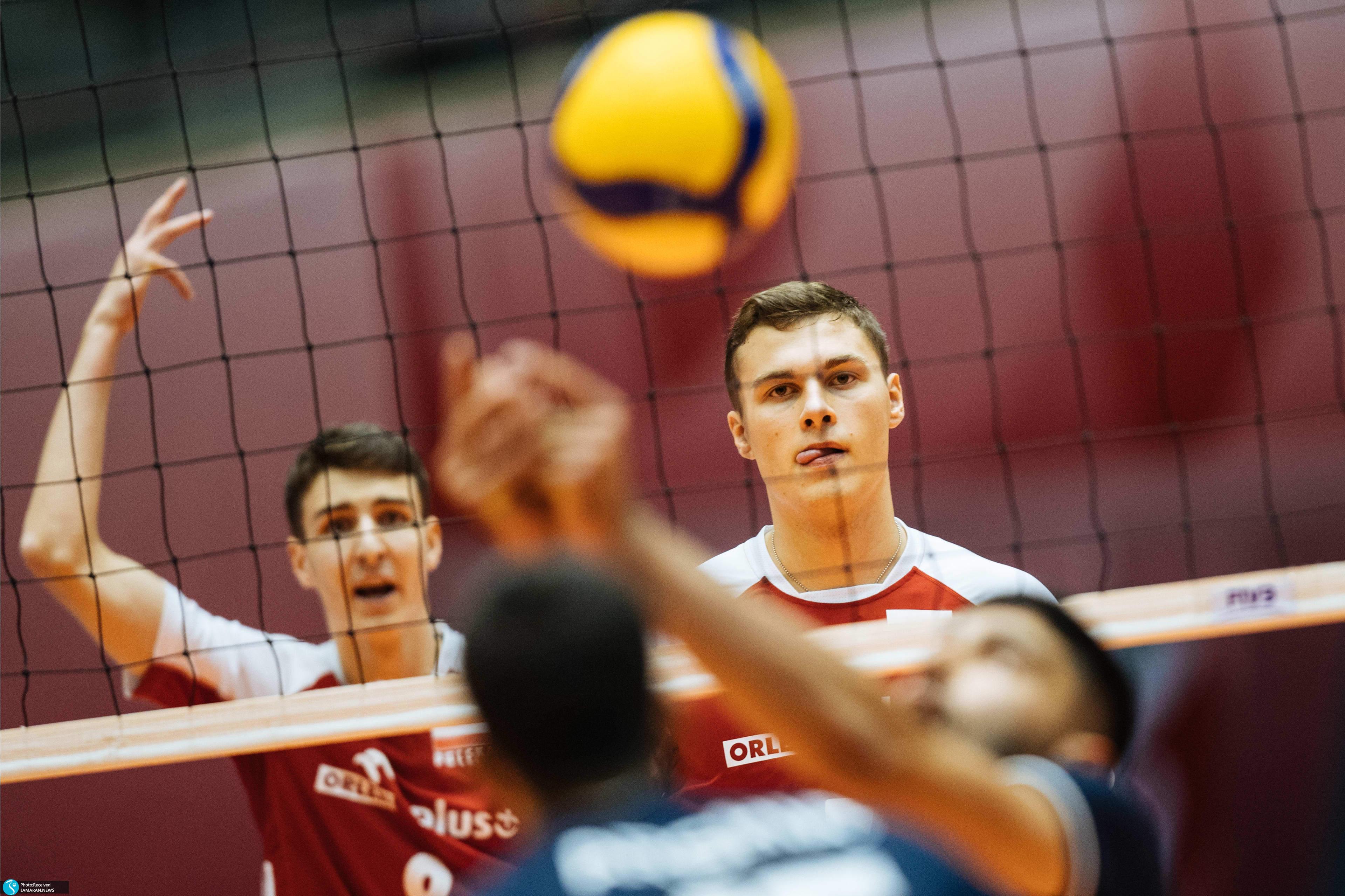 نیمه نهایی والیبال قهرمانی نوجوانان جهان ایران لهستان