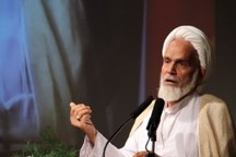 امام جمعه موقت شیراز: پایان داعش نواختن سیلی بر آمریکا بود