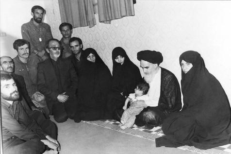 چرا امام اصرار به ملاقات با بانوان داشتند؟