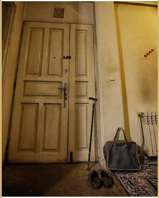تصویری معنادار از منزل استاد محمدرضا حکیمی