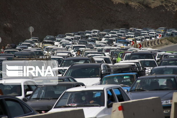 ترافیک در ورودیهای خراسان رضوی پرحجم است
