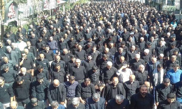نماز ظهر عاشورا در سراسر هرمزگان اقامه شد