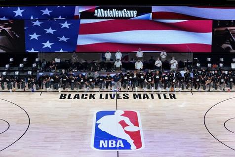 شروع NBA با اعتراض دسته جمعی به نژادپرستی در آمریکا