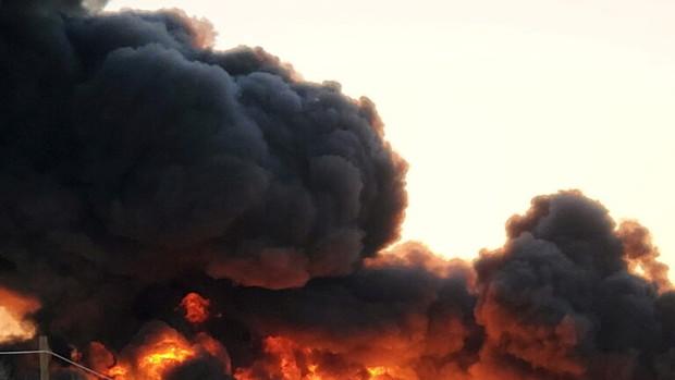 وقوع انفجار مهیب و آتش سوزی بزرگ در تکزاس آمریکا