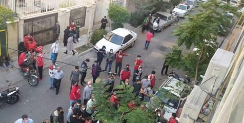 تجمع هواداران پرسپولیس؛ رونمایی از فیش واریزی +تصاویر