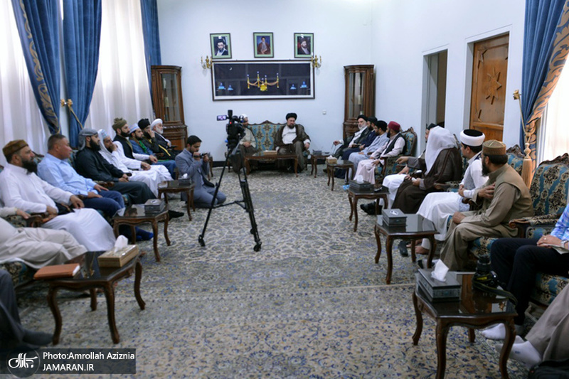 دیدار جمعی از علمای شیعه و سنی با سید حسن خمینی