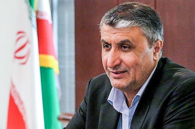 وزیر راه و شهرسازی برای بازدید از طرح های ملی وارد تبریز شد