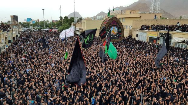 محرم در حسینیه ایران و جهان