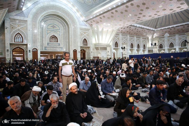 ..احیای شب بیست وسوم ماه مبارک رمضان در حرم مطهر امام خمینی(س)