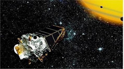تلسکوپ فضایی که سیاره های فرا خورشیدی را کشف کرد