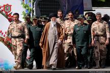 فرمانده کل قوا:  نظام جمهوری اسلامی، چیزی جز ملت ایران نیست و این دو جدا شدنی نیستند