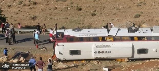 پیگیری حادثه واژگونی اتوبوس خبرنگاران و سربازان توسط سازمان بازرسی