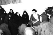 برخورد امام با شخصی که می خواست زنها خانه نشین شوند، چگونه بود؟