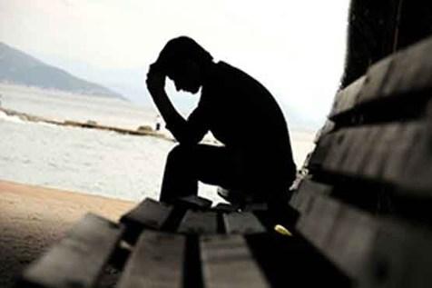 """با """"افسردگی نوجوانان"""" چه باید کرد؟"""