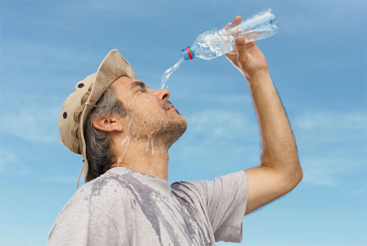 مصرف کدام نوشیدنی ها در تابستان ممنوع است؟