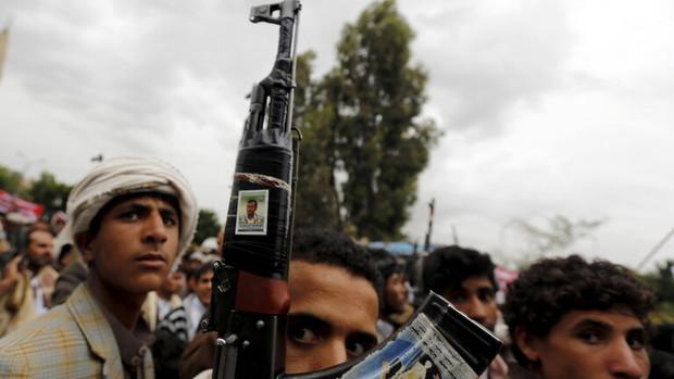 پیشروی بزرگ انصار الله یمن در جنگ با عربستان؛کنترل 40 موضع نظامی