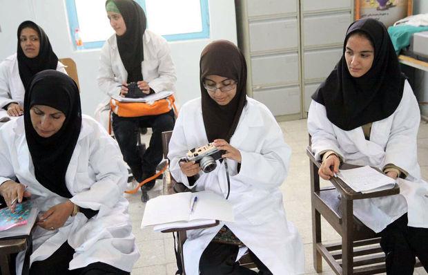 تنها ۱۷ هزار دانشآموز آذربایجانغربی در شاخه کاردانش تحصیل میکنند