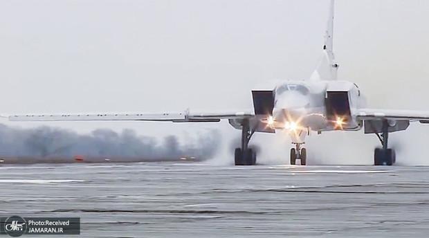 استقرار بمب افکن های توپولف در سوریه: پیام ها و پیامدها