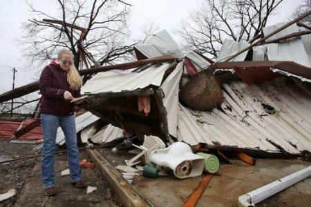 آمریکا در محاصره طوفان؛ 10 کشته تاکنون+ تصاویر