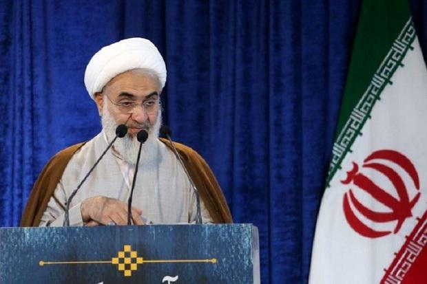 انقلاب اسلامی دارای ریشه های قرانی بود