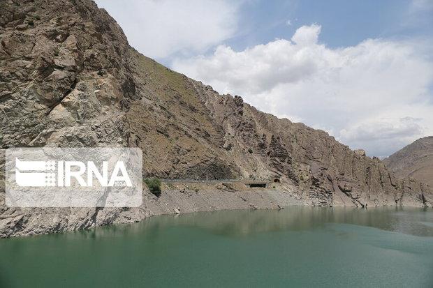 کردستان بیشتر از استانهای همجوار به آب سد آزاد نیاز دارد