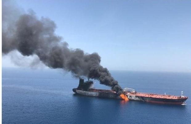 واکنش ها به حادثه انفجار دو نفتکش در دریای عمان