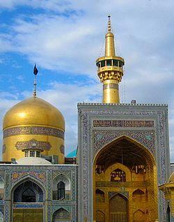 تشرف 200 معلول مشهدی به حرم مطهر رضوی