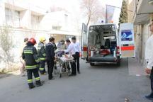 کارگر محبوس در زیر آوار ساختمانی در اصفهان نجات یافت