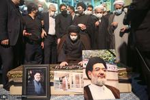 مراسم تشییع حجت الاسلام و المسلمین محتشمی پور(ره) در حسینیه جماران