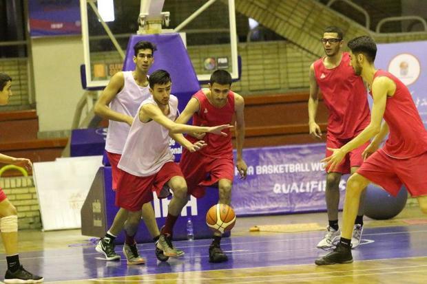تیم بسکتبال جوانان درفک رشت قهرمان گیلان شد