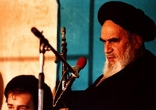 US must corrects its behavior towards oppressed nations, Imam Khomeini warned