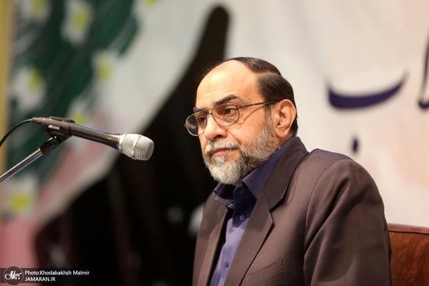 رحیمپور ازغدی ایرانی بودن رضاخان را رد کرد