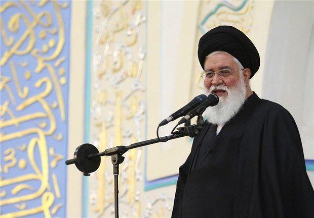 امام جمعه مشهد: بخش عمده گرانیها مربوط به نابسامانی بازار است