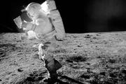 تمیز کردن لباس فضانوردان با پرتوهای الکترون