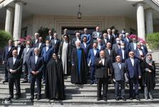 تصاویر/ حاشیه آخرین جلسه هیات دولت دوازدهم به ریاست روحانی