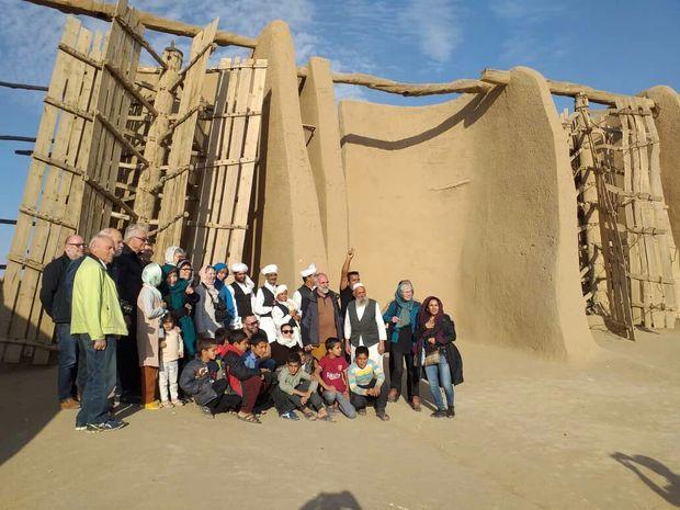 ۲۶ گردشگر خارجی از جاذبههای تاریخی خواف بازدید کردند