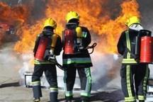 320 آتش نشان در قزوین مشغول خدمات دهی هستند