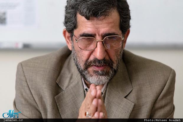 کنایه محسن آرمین به طرفداران رییس جمهور نظامی
