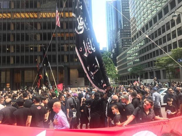 عزاداری و اهتزاز پرچم حسینی در نیویورک + تصاویر