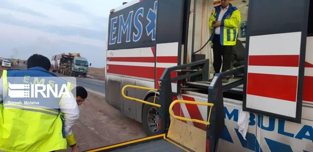 ۴۳ مصدوم برخورد اتوبوس با خاور از بیمارستان سبزوار ترخیص شدند