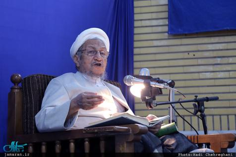 امام خمینی: من آقای صانعی را مثل یک فرزند بزرگ کرده ام