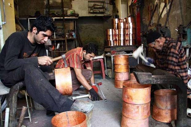 1114 فعال صنایع دستی در زنجان بیمه هستند