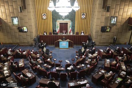 رقابت 54 داوطلب برای سه کرسی مجلس خبرگان