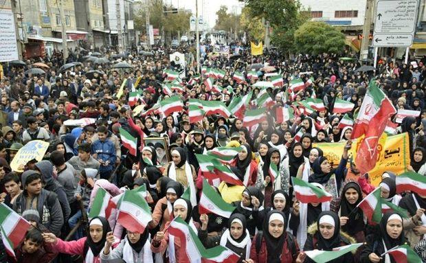 میدان «شاه اسماعیل صفوی» نقطه آغاز راهپیمایی ۱۳ آبان در چالدران