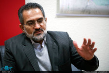 وزیر ارشاد دولت دهم: نباید مناقشات به این سطح برسد که آرزوی اعدام یک مسئول در نظام اسلامی شود/ نباید مناظره های آمریکا الگوی ما باشد/ نیازی به فحاشی، هتاکی، تحقیر و تمسخر نیست