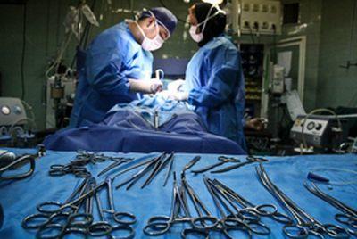 دختری که 4 بار عمل بینی کرد و مجبور شد گوش و دندههایش را هم جراحی کند!