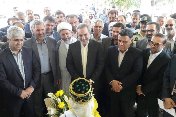 وزیر آموزش و پرورش وارد استان سمنان شد