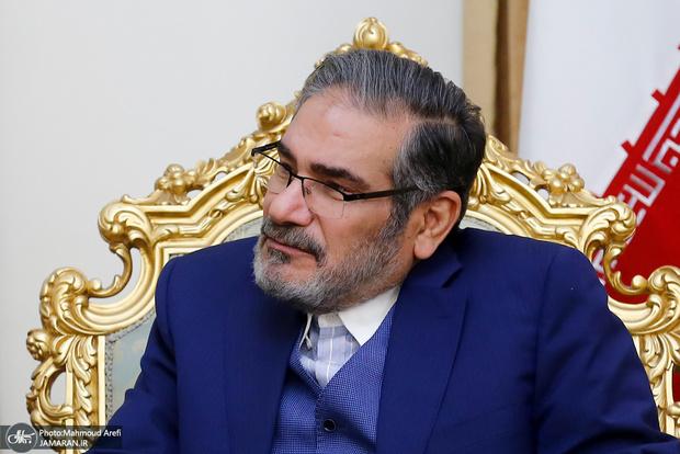 پاسخ شمخانی به منتقدان کاندیداهای نظامی و انتقادات از دبیرخانه شورای عالی امنیت ملی
