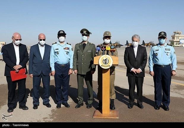 تحویل 3 فروند جت جنگنده کوثر به نیروی هوایی ارتش (17)